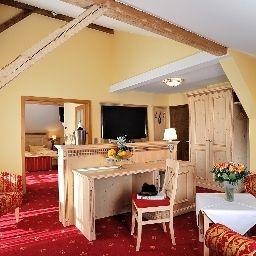 Ringhotel_Boeld_Landhotel-Oberammergau-Suite-1-720.jpg