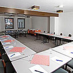 City_Hotel_Krefeld-Krefeld-Conference_room-2-933.jpg