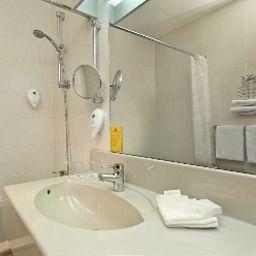 Wyndham_Garden-Kassel-Bathroom-1150.jpg