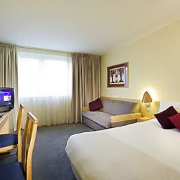 Novotel_Nottingham_East_Midlands-Nottingham-Room-5-1447.jpg