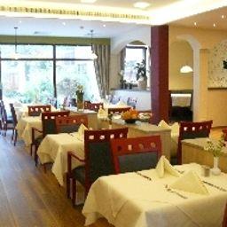 Kastanienhof-Erding-Restaurantbreakfast_room-3-1798.jpg