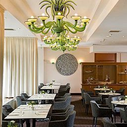 TRYP_by_Wyndham-Cologne-Restaurantbreakfast_room-1-2418.jpg
