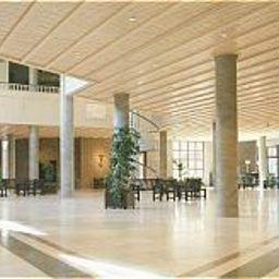 Maternushaus-Koeln-Hotelhalle-2421.jpg