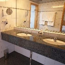 Bathroom Ringhotel Adler
