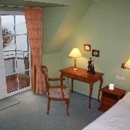 Strauers_Hotel_am_See-Bosau-Room-3938.jpg