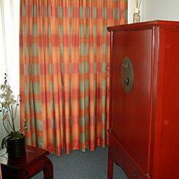 Am_Dom-Frankfurt_am_Main-Room-3-4386.jpg