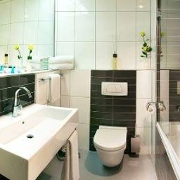 Favorite_Parkhotel-Mainz-Badezimmer-1-4465.jpg