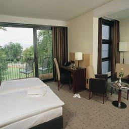 Favorite_Parkhotel-Mainz-Suite-4465.jpg