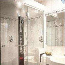 Eberbacher_Hof-Biberach-Bathroom-4-4558.jpg