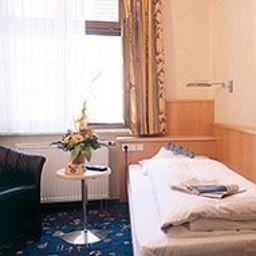 Eberbacher_Hof-Biberach-Standard_room-6-4558.jpg