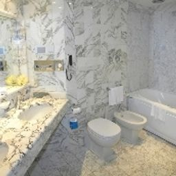 Sheraton_Catania_Hotel_Conference_Center-Aci_Castello-Bathroom-5268.jpg