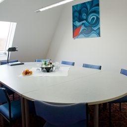 Hangelar-St_Augustin-Meeting_room-5710.jpg