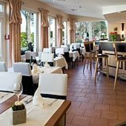 Hangelar-St_Augustin-Restaurantbreakfast_room-1-5710.jpg