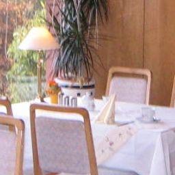 Lemgoer_Hof-Lemgo-Breakfast_room-5948.jpg