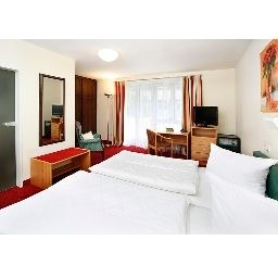 Double room (standard) Biederstein Am Englischen Garten