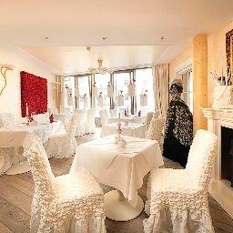 Sonne-Fuessen-Restaurantbreakfast_room-2-6437.jpg