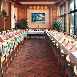 Haus_Rheinblick-Monheim-Banquet_hall-6813.jpg