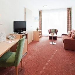 Best_Hotel_Zeller-Koenigsbrunn-Junior_suite-1-6831.jpg