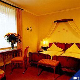 Villa_Bellaria-Bad_Toelz-Room-4-6904.jpg