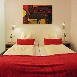 Maxhotel-Lindau-Room-2-6905.jpg
