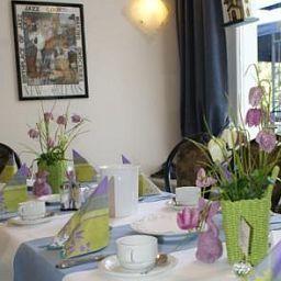 Kulmbacher_Hof-Osnabruck-Breakfast_room-6985.jpg
