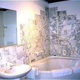Alte_Muenze-Karlsruhe-Bathroom-6986.jpg