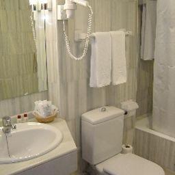 Don_Curro-Malaga-Bathroom-7859.jpg