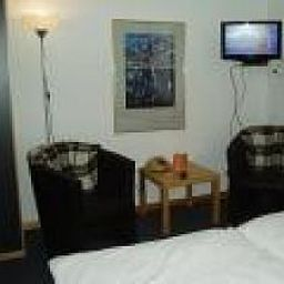 Friedrichs-Neumuenster-Room-2-9065.jpg