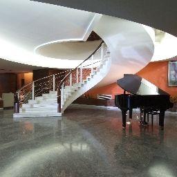 Preluna_Hotel_Towers-Sliema-Hall-9179.jpg