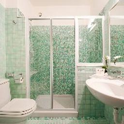 Montresor_Palace-Verona-Double_room_standard-5-9417.jpg