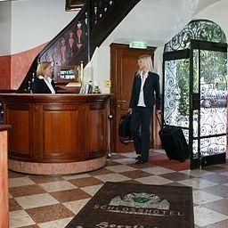 Recepción Schloßhotel Grünwald