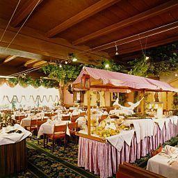 Hotel_Wilder_Mann-Steinach_am_Brenner-Breakfast_room-9562.jpg