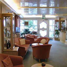 Portens_Hotel_Fernblick-Hoechenschwand-Hall-1-9581.jpg