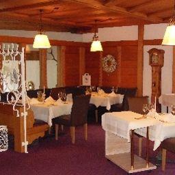 Portens_Hotel_Fernblick-Hoechenschwand-Restaurant_1-9581.jpg