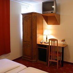 Domstern_Nichtraucherhotel-Cologne-Room-2-9967.jpg