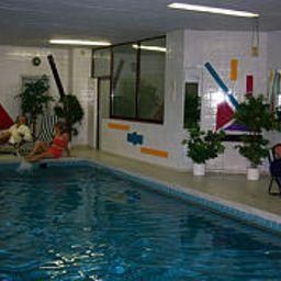 Haus_Deutsch_Krone-Bad_Rothenfelde-Pool-10050.jpg