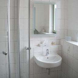 Ruland-Altenahr-Bathroom-1-10078.jpg