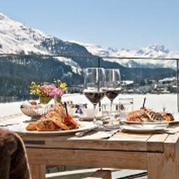 Carlton_St_Moritz-Sankt_Moritz-Terrace-1-10458.jpg