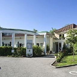 Cottage_Logis-Nancy-Hotel_outdoor_area-10551.jpg