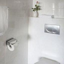 Moguntia-Mainz-Bathroom-1-11215.jpg