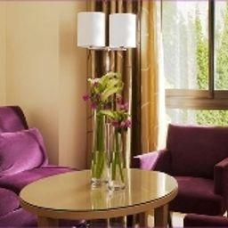 Garden_Elysee-Paris-Superior_room-6-13602.jpg