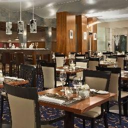 Hilton_Innsbruck-Innsbruck-Restaurant-7-13713.jpg