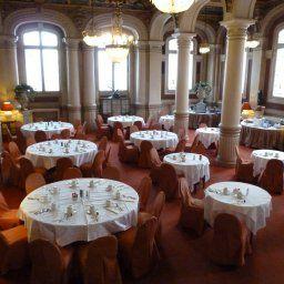 Westminster-Nice-Breakfast_room-1-13844.jpg