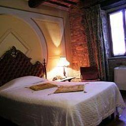 Ca_de_Principi_Residenza_dEpoca-Piegaro-Room-7-13860.jpg