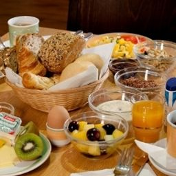 ibis_Bonn-Bonn-Breakfast_room-13868.jpg