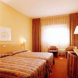 Chambre double (standard) Delta Hotel