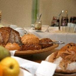 Bufet de desayuno Villa am Meer