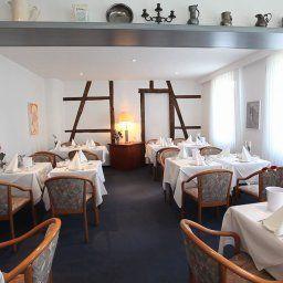 Zum_Schwanen-Wermelskirchen-Restaurantbreakfast_room-15744.jpg