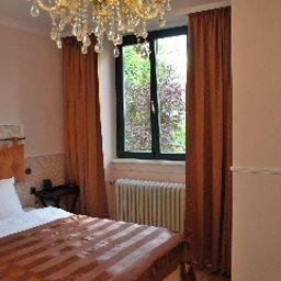 Klemm-Wiesbaden-Superior_room-8-15961.jpg