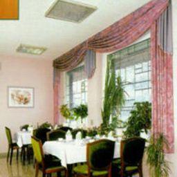 Herzog-Hamm-Restaurantbreakfast_room-15994.jpg